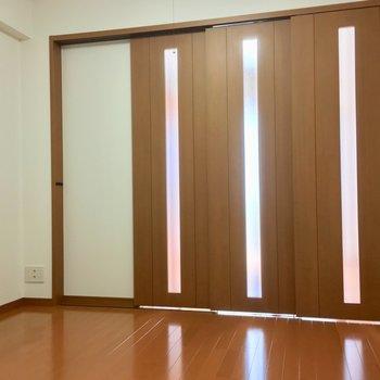 【D】引き戸で仕切ることができますよ〜※写真は3階の反転間取り別部屋のものです