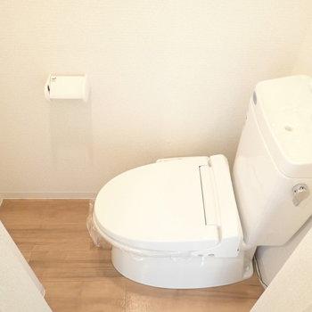 トイレは扉の目の前という珍しいパターン