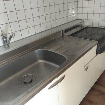 キッチンはIHコンロ設置で安心