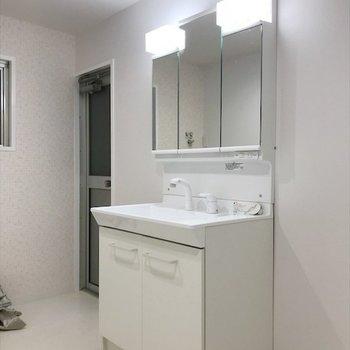 毎日の朝準備はこの洗面台が大活躍しそう〜!