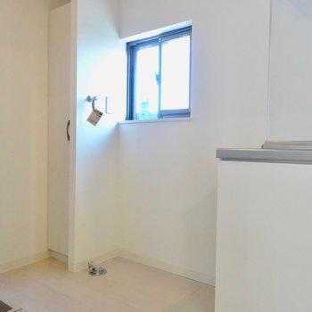【LDK】洗濯機はキッチンの横に置けます!※写真は前回募集時のものです