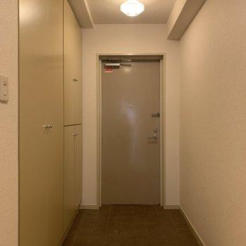 玄関も広いです。