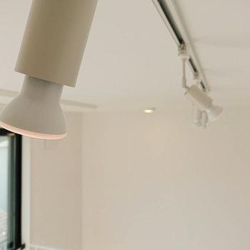 【2F】2階のライトも優しい灯りです。