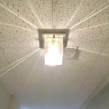 共用部の照明がキラキラしていて素敵。