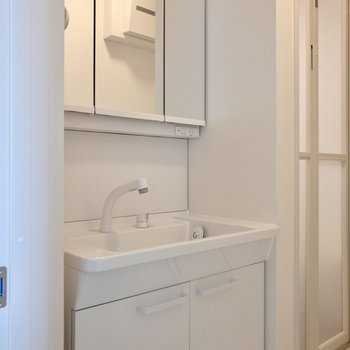 洗面台の蛇口は取り外しできます。お掃除に便利ですね。※写真は前回募集時のものです