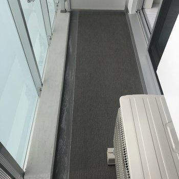 床面はこんな感じです。※写真は7階の反転間取り別部屋のものです