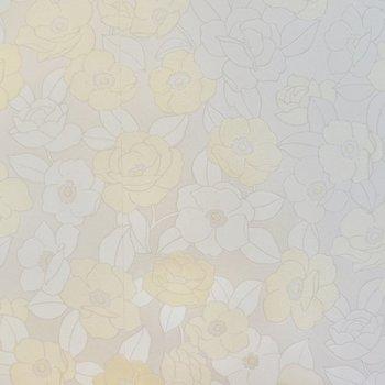 これ、実は花柄のアクセントクロス。主張し過ぎない色合いが素敵なんです◎