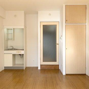 洋室の広さは7.5帖。