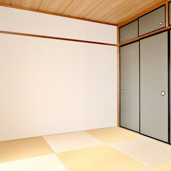 琉球畳の和室が!家族みんなでごろんと寝転がるプレイルームに。