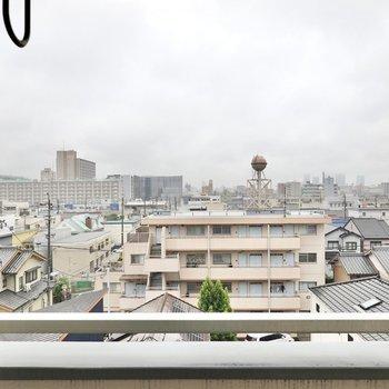 5階からの眺めは爽快です。