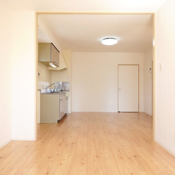LDKは約14帖もあるから家具の配置もゆったりと。