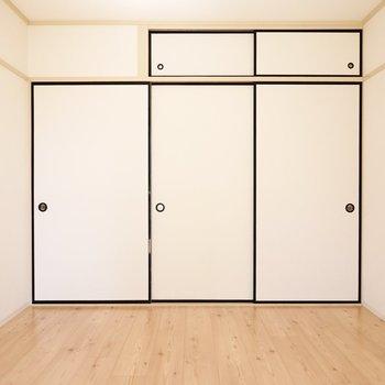 ドアは和スタイルのままですが、ちぐはぐ感はありません。