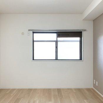 【洋7】そしてWICお隣にはもう一部屋洋室が。