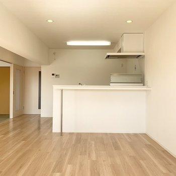 キッチンと和室も合わせたら20帖越えのゆったり空間◎