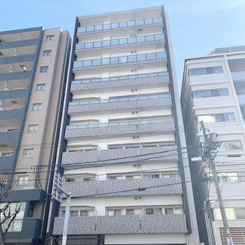 覚王山の街中に位置しています