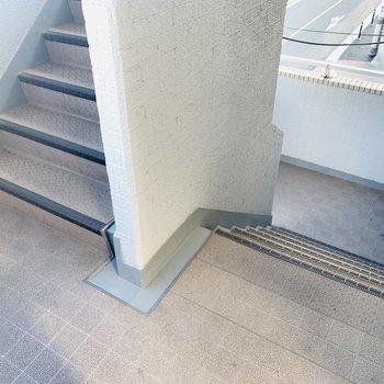 階段が少し狭めだったので、引っ越しのときは要チェック!