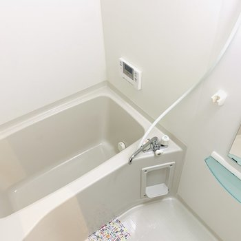 バスルームは清潔感を大切に。