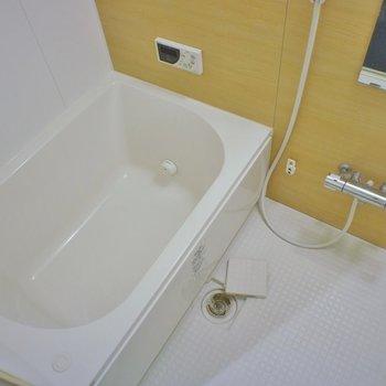 追炊き付きのお風呂。※写真は、1階の同タイプのもの
