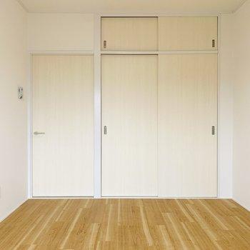 シンプルな色使いなので、どんな家具にもマッチ!