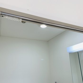 ユーティリティスペースに扉はありませんが、カーテンで仕切ることはできます!