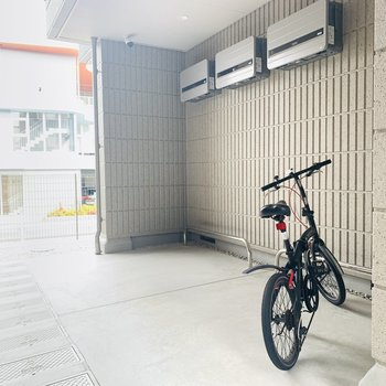自転車置き場や...