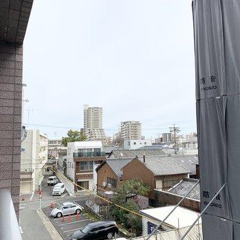 並んだ瓦屋根が素敵だな〜。