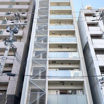 背の高いマンションです。