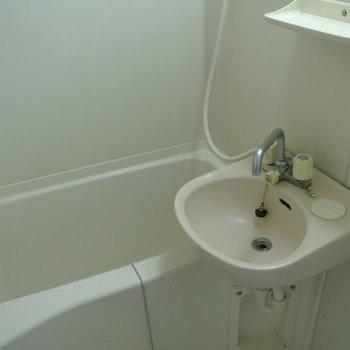 お風呂洗面台と一緒で最低限に(※写真は1階の同間取り別部屋のものです)