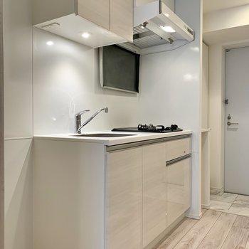 キッチン収納に調理器具がしっかり収納できます