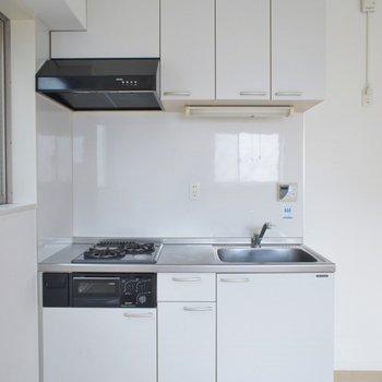 2口キッチンですよ。※写真は5Fの同タイプのもの