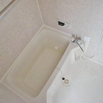 浴室乾燥付きのバスルーム浴室乾燥ですよ。※写真は5Fの同タイプのもの