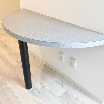テーブルとしも使えますよ。