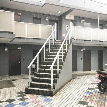 共用部】敷地内のスペースです。今回はこちらの2号棟。