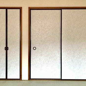 和室に収納が。※写真は1階の同間取り別部屋のものです