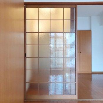 廊下はこのように引き戸で仕切ることもできますよ。