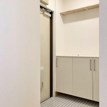 広い玄関はお出かけの際にも心の余裕が生まれます。※写真は前回募集時のもの