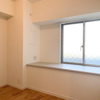 居室は6畳。※写真は似た間取りの別部屋です