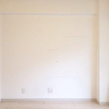 白を基調としていて、清潔感があります。※家具は残置物です