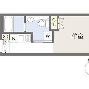 キッチンから廊下を通って居室へ