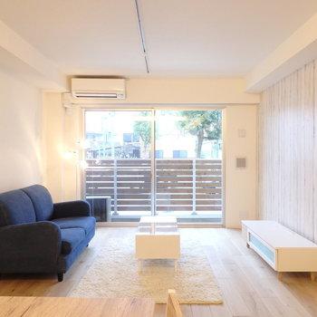 家具を置いてもゆとりのある広さ。(※写真は1階の反転間取りモデルルームのものです)