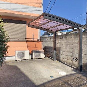 屋根付きの駐輪場も完備されているので自転車も活用したいな。