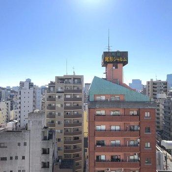 周囲でも高い建物なので眺望も◯