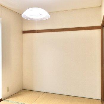 【和室】壁には長押が付いています。