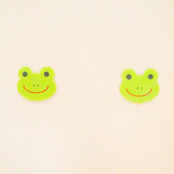 シャワールームには2匹のカエルさん。