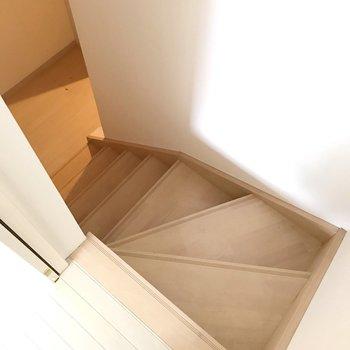さて、1階に降りてみましょう。(※写真は清掃前のものです)