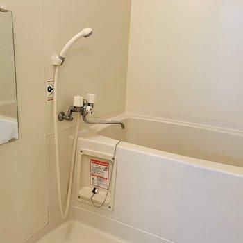 浴室もシンプル