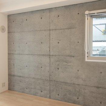 この壁際にベッドを置こうかな※写真は14階の同間取り別部屋のものです