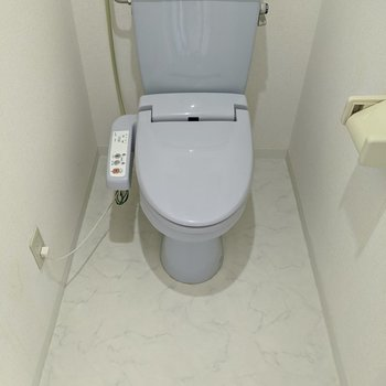 ゆとりのあるトイレ。