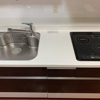 シンクも作業スペースも使いやすそうなので、料理のレパートリーも増えそうです!(※写真は4階の同間取り別部屋のものです)