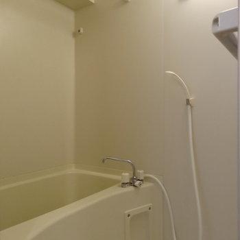 バスルームはシンプル※写真は前回募集時のものです